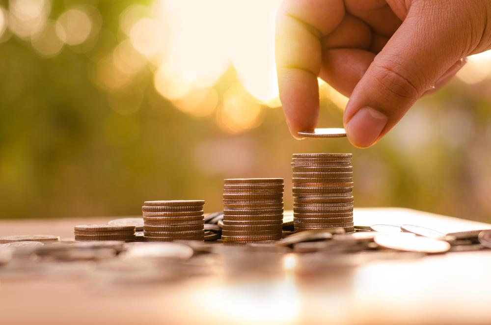 【積立投資VS一括投資】投資信託を購入する時、ビギナーにオススメなのはどっち?