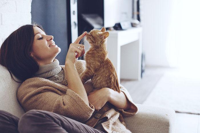 獣医師「貧乏人はペットを飼うな」のツイートに賛否両論、あなたの意見は?