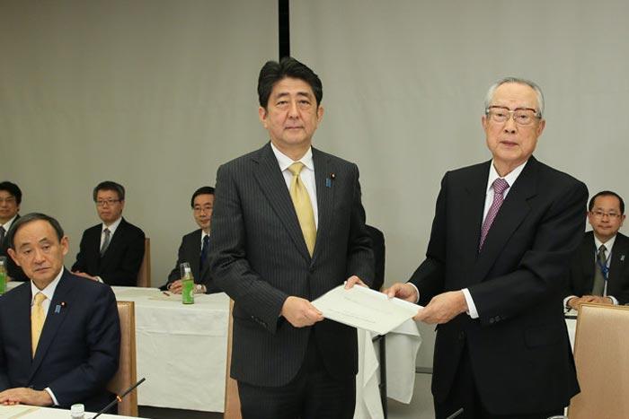 今、日本の政治・経済はどこまで「日本会議の思うがまま」に進んでいるか?