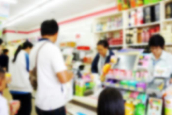 カード嫌いの日本人はなぜレジで行列中も「現金払い」に固執するのか?=岩田昭男