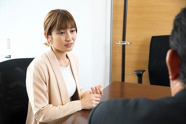 「芸能界でも、損をしたという話をよく聞くんです」と熊田さん